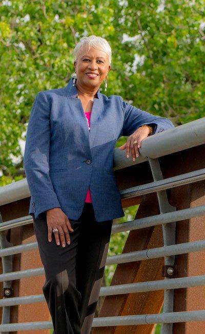 Lillian Davenport, Leadership and Career Strategist